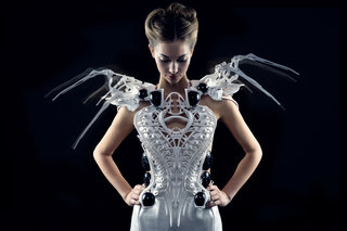 Intel Smart Spider Dress is not only scary but it intelligently defends its wearer