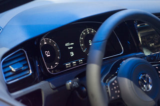 vw golf r touch hands on forget knobs vw sees gestures and touchscreen as the future image 5