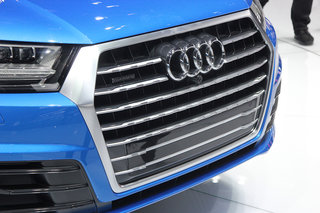 audi q7 awesome tech meets awkward design hands on  image 12