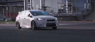Ford Focus RS 2015 gets the Ken Block gymkhana treatment