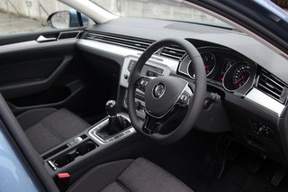 volkswagen passat 2015 first drive shedding its dull image image 16