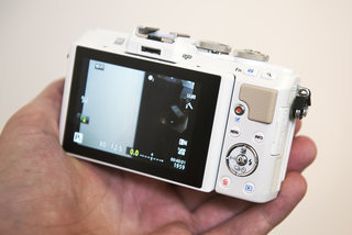 olympus pen e pl7 review image 4