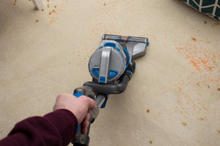 vax cordless vacuum cleaners just got a whole lot more convenient hands on  image 7
