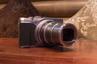 Nikon Coolpix S9900: Retro style 30x superzoom (hands-on)