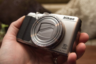 nikon coolpix s9900 retro style 30x superzoom hands on  image 3