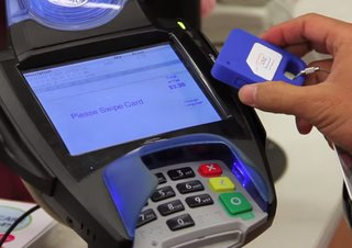 samsung isn t sweating apple pay because it bought looppay here s how it works image 3