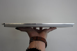 sony xperia z4 tablet hands on slimmer lighter and sexier image 5