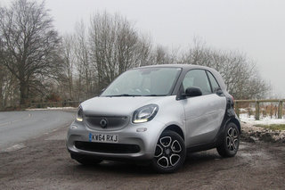 smart fortwo first drive three generations in it s smarter than ever image 2