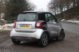 smart fortwo first drive three generations in it s smarter than ever image 3