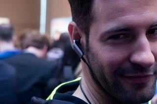 Huawei TalkBand N1 hands-on: This wireless headset tracks activity, plays music and accepts calls