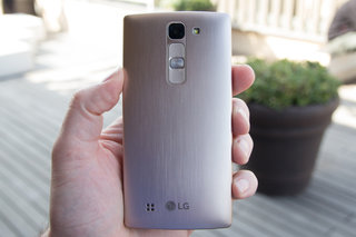 lg magna hands on all about that curve bout that curve no p oled image 3