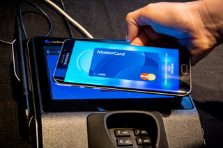 what is samsung pay and how does it work image 1