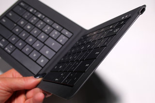 microsoft universal foldable keyboard hands on portable productivity image 4