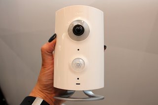 piper nv smarthome camera system doesn t just see burglars it scares them away hands on  image 2
