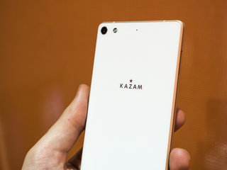 kazam tornado 552l slender 5 2 inch smartphone has got the looks hands on  image 4