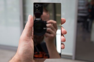 15 smartphones with 3 000mah batteries or larger made to last longer image 11