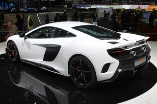mclaren 675lt british beauty with added sting in the tail hands on  image 4