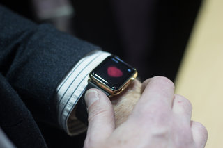 apple watch edition gold hands on what to expect from apple s 8 000 smartwatch image 19