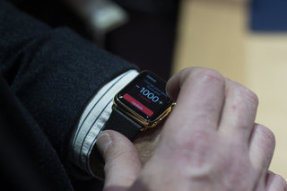 apple watch edition gold hands on what to expect from apple s 8 000 smartwatch image 26