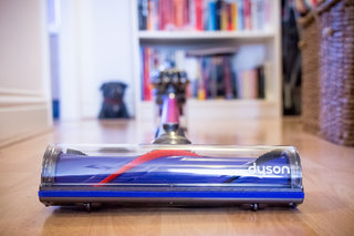 Dyson V6 Absolute: The mother of all cordless vacuum cleaners (hands-on)
