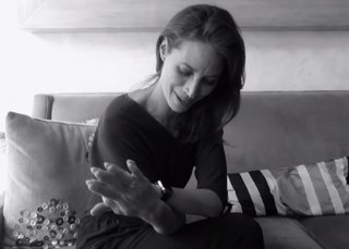 Watch model Christy Turlington Burns talk behind the scenes about her 'chic' Apple Watch