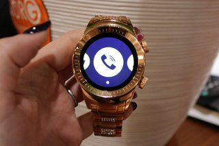 look out apple watch burg is after you with crystals and 3g calling image 3
