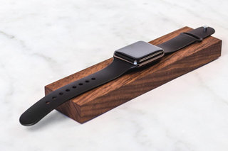 Best Apple Watch accessories Protect power up and personalise your watch image 7