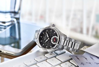 Alpina Horological Smartwatch to take on Withings Activité at analogue activity tracking