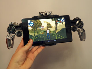 Mad Catz Lynx 9 mobile gaming controller is as cool (and complex) as the Batcycle (hands-on)