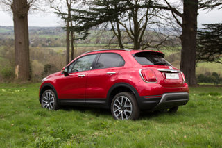 fiat 500x first drive 500 goes chunky image 2
