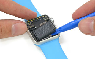 apple watch teardown could measure your blood oxygen battery loses to android wear and more image 2