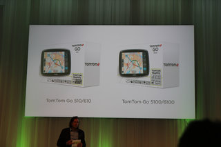 tomtom mydrive bridges the gap between smartphones and cars image 3