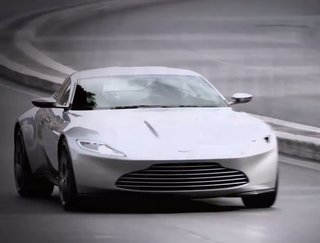 Spectre set footage shows off James Bond's new Aston Martin DB1 in a car chase