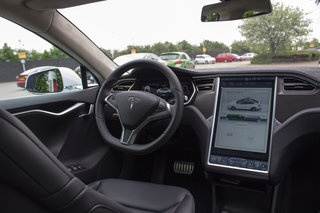 tesla model s p85d first drive luxury meets insane acceleration and handling image 5