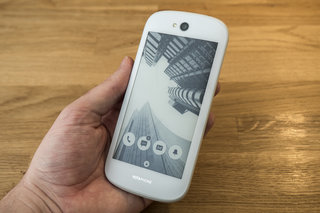 YotaPhone 2 now available in white, price drop to £440
