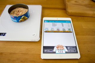 calorie counting just got easy situ smart scale even tracks vitamin intake image 5