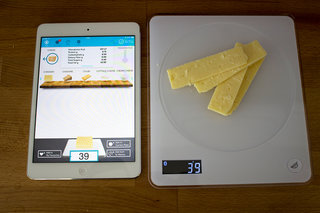 calorie counting just got easy situ smart scale even tracks vitamin intake image 8