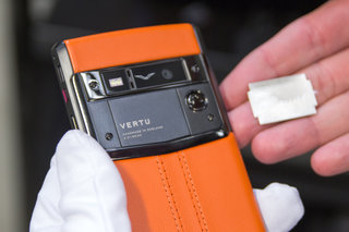 inside vertu welcome to the world of luxury smartphones image 14