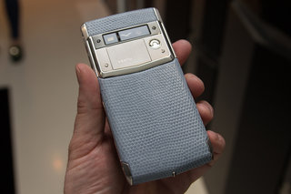 inside vertu welcome to the world of luxury smartphones image 19