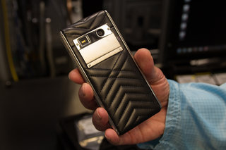 inside vertu welcome to the world of luxury smartphones image 2