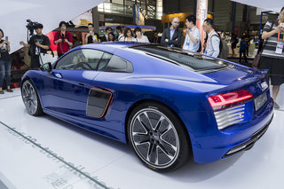audi r8 e tron in pictures the all electric driverless supercar of the future  image 5