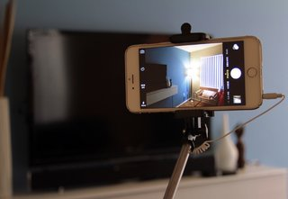 A buyer's guide to smartphone selfie sticks: Which one should you get and why?