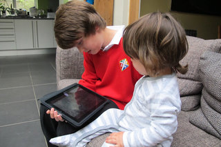Crikey! More than half UK homes now own a tablet
