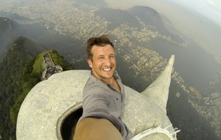 The Worst Selfies Of All Time image 8