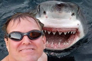 The Worst Selfies Of All Time image 26