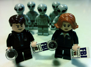 the guy who made lego ghostbusters a thing has now dreamed up an x files set image 4