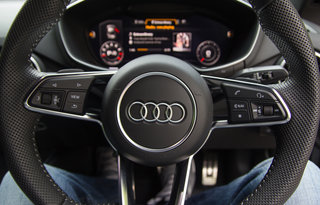 audi tt coupé review image 35