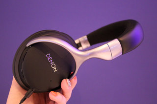 denon ah gc20 globe cruiser wireless noise cancelling and comfortable hands on  image 7