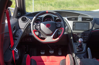 honda civic type r 2015 first drive a track car for the road image 63