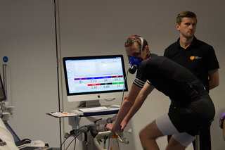 we train with the brownlee brothers at the human performance lab using the gadgets of the future image 10
